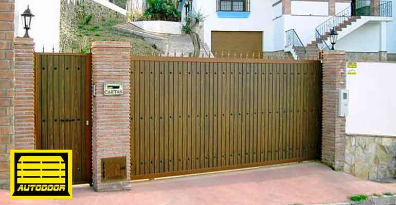 Puertas correderas automáticas Autodoor madera garaje