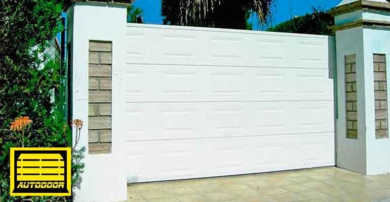 Puertas correderas automa´ticas Autodoor blanca acabado acolchado