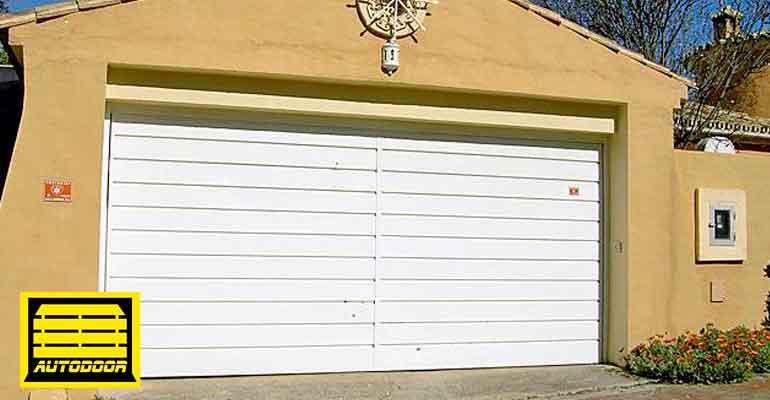 Puertas Basculantes Automáticas Autodoor balnaca